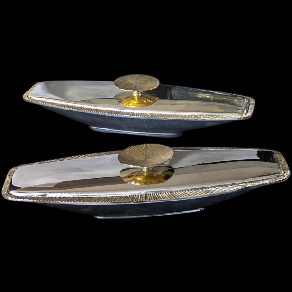 A Pair of Stuart Devlin Silver Entree Dishes