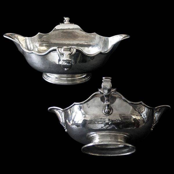 A pair of Britannia Silver Double Lip[ped Sauce Boats