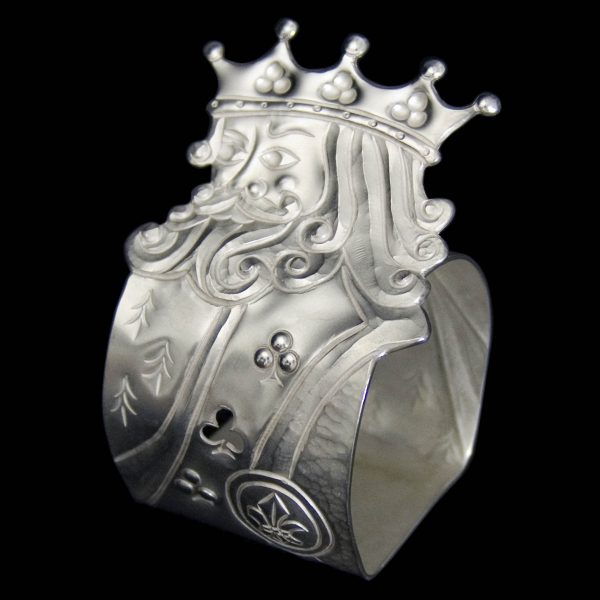 New silver 'King of Clubs' napkin ring