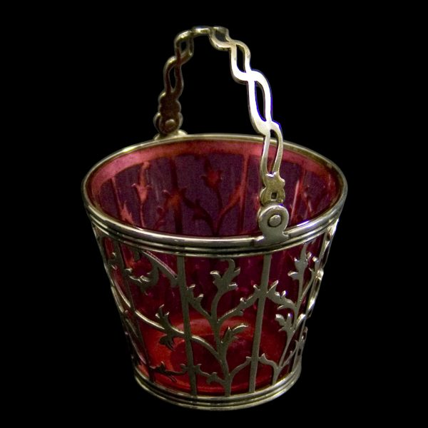 English PiercedSilver Basket